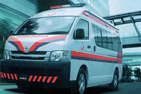 Toyota HI-ACE Ambulance 2011